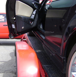 car door clears trailer fender