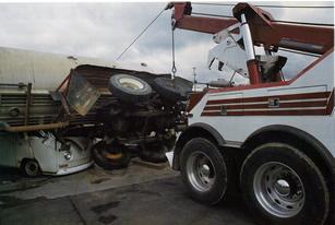 Heavy Duty Class Tow Truck